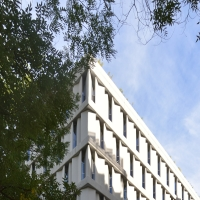 Fenster: Fassade (aus Beton und Beton)