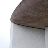 Dach:  (aus Beton)