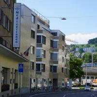 Aussenraum: Blick von der Hönggerstrasse