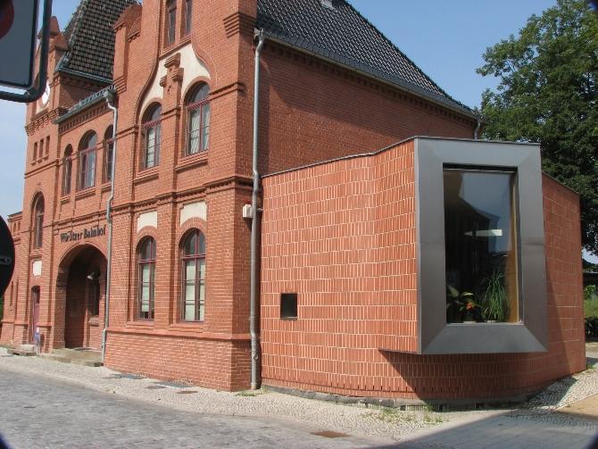 Fenster: Anbau mit Aussenbündigen Fenster (aus Mauerwerk)