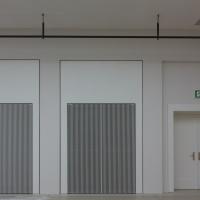 Türe: Probebühne rechts: Türen und Lüftungsgitter (aus Holz)