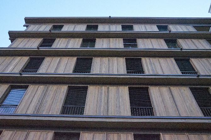 Fassade: Fassade mit den französischen Fenstern (aus Holz)