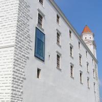 Fenster: Neues Fenster in der alten Fassade (aus Putz)