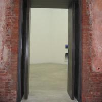 Türe: Tür mit neuen Rahmen