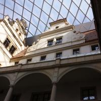 Der überdachte Schlosshof