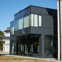 Fassade: Anbau (aus Glas)