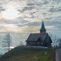 Die kleine Kapelle auf dem Hügel
