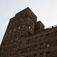 Fassade:  (aus Mauerwerk)