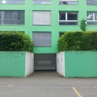 Eingangsbereich:  (aus Beton)