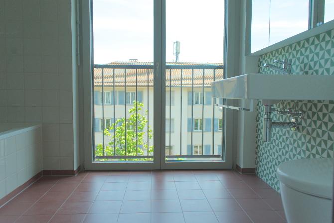 Bad mit franzöischen Fenster