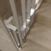 Geländer: Treppenhausgeländer (aus Metall)