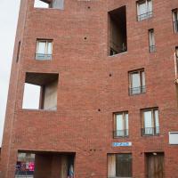 Fassade: Ecksituation (aus Mauerwerk)