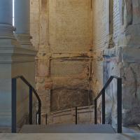 Geländer: Treppe in das Untergeschoss (aus Metall)