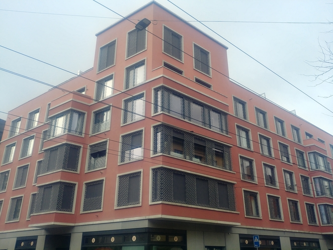 Fassade: Fassade von der Seefeldstrasse aus